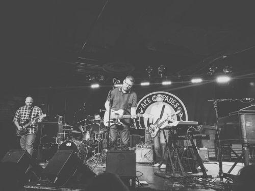 Desario live; Photo Credit: Chris Cimicata