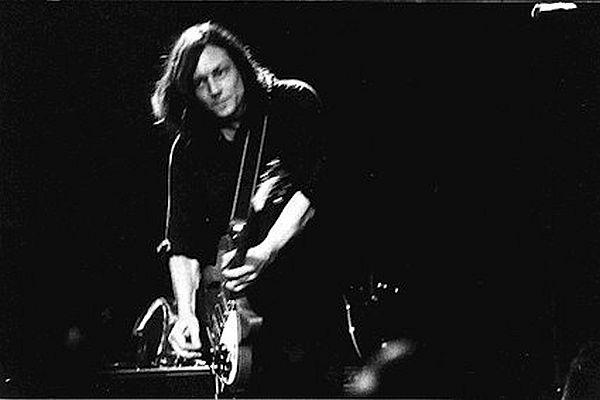 Marty Willson-Piper - live - Photo courtesy of Marty Willson-Piper