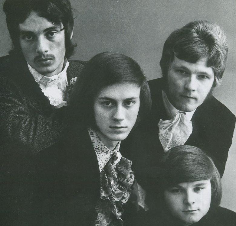 Eddie Pumer (center) and Kaleidoscope UK